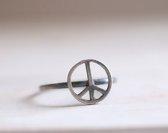 Peace ring. Sterling silver Peace ring. Stacking ring, peace band, love ring, boho ring, hippie ring, silver ring, beatles ring, love ring.