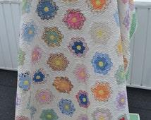 Vintage 1930s Quilt Grandmother's Flower Garden Quilt Hexagon Flower Quilt Hand Pieced Quilt Hand Quilting Vintage Quilt