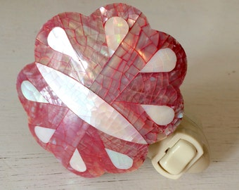 Mother of Pearl Sea Shell Night Light Beach Cottage Decor Pink Butterfly