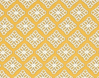 Windham Governor's Palace Medallion Gold - Cotton Quilting Fabric - 1 Yard