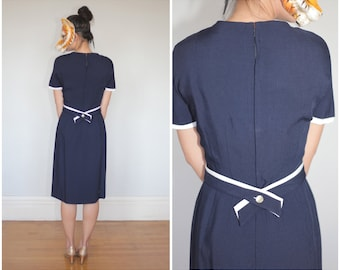 Simple Vintage Navy Blue Linen Shift Dress with Built-in Belt by Anne Fogarty | Small Medium