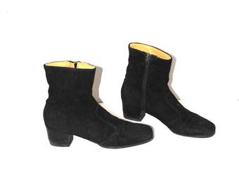 1960s MOD black suede boots 60s vintage block heel beatle booties size 9.5