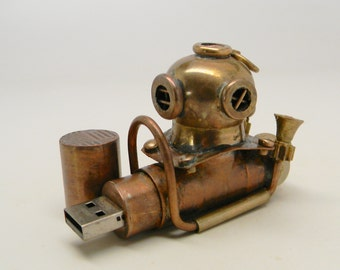"Steampunk ""Diver Helmet"" flash drive. Steampunk usb flash drive 16G ."