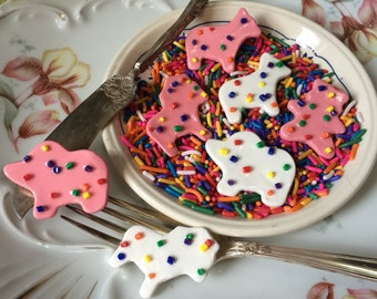 Circus Animal Frosted Sprinkle Cookie Brooch