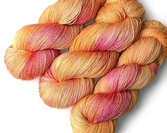 Euro Fingering Yarn 820 yards Handdyed Superwash Merino - Blushing Mango