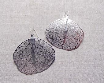 Bright Silver Leaf Filigree Earrings