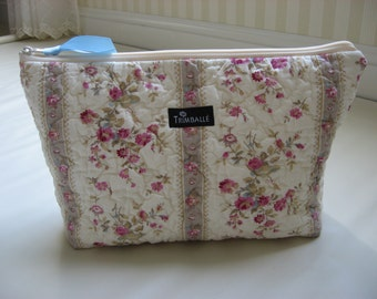 Large Cosmetic Bag, Quilted Make Up Bag, Waterproof Lining, Cottage Rose Floral