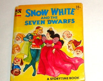 Snow White and the Seven Dwarfs, Vintage Children's Boook, Child's StoryTime, Illustrated, 1978   (201-16)