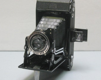 Antique Zeiss Ikon Nettar 512/2 Folding Camera for 120 Film