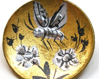 LG Antique BEE BUTTON, 1800s Victorian Insect with flowers on brass.