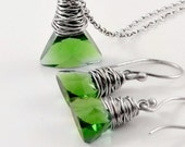 Swarovski Crystal Jewelry Set Green Earrings, Green Pendant Necklace, Gifts for Her,