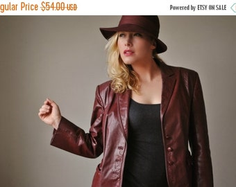 ON SALE 1970s Burgundy Leather Jacket~Size Medium to Large