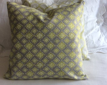 Trevi Spring decorative pillow cover 20x20