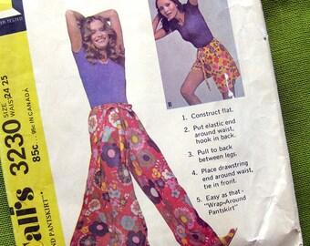 Vintage Sewing Pattern - Wrap-Around Pantskirt - Beach Clothes - Resort Wear - McCalls 3230 // Waist 24-25