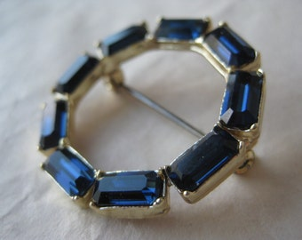 Blue Circle Rhinestone Brooch Sapphire Gold Vintage Pin