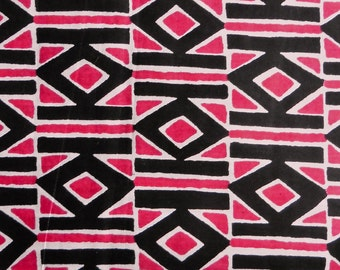 West African cotton print - 1/2 yard of hot pink and black Diamonds