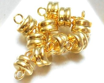 Favorite Magnetic Clasp in Shiny Gold Plate (1)