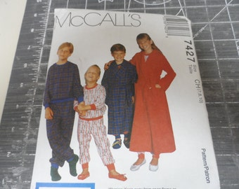 McCalls Boys or Girls Pajama and Robe Pattern Sizes 7-8-10