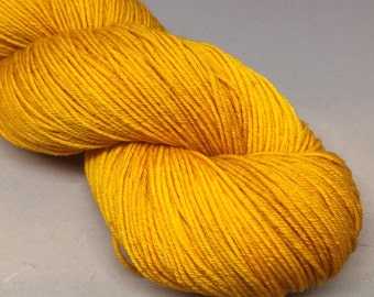 Golden - Gnomespun Phouka - 400m - Superwash Sock Yarn