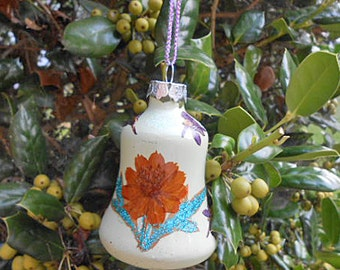 "Pressed Flower LARKSPUR & COREOPSIS ORNAMENT Christmas Tree Pretty, Painted Glass Bell, Fairy Luster Glitter, Handmade Home Grown 2.5"" Ball"