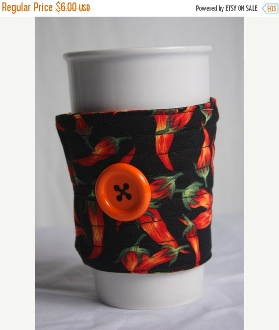 Winter Clearance Coffee Cup Sleeve / Coffee Cup Cozy, fabric quilted reuseable eco friendly : red hot Chili peppers