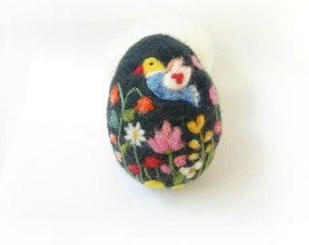 Easter Egg,Bird,Needle felted egg,Spring Ornament,Needle Felted Easter Egg with Flowers,Miniature Original Art