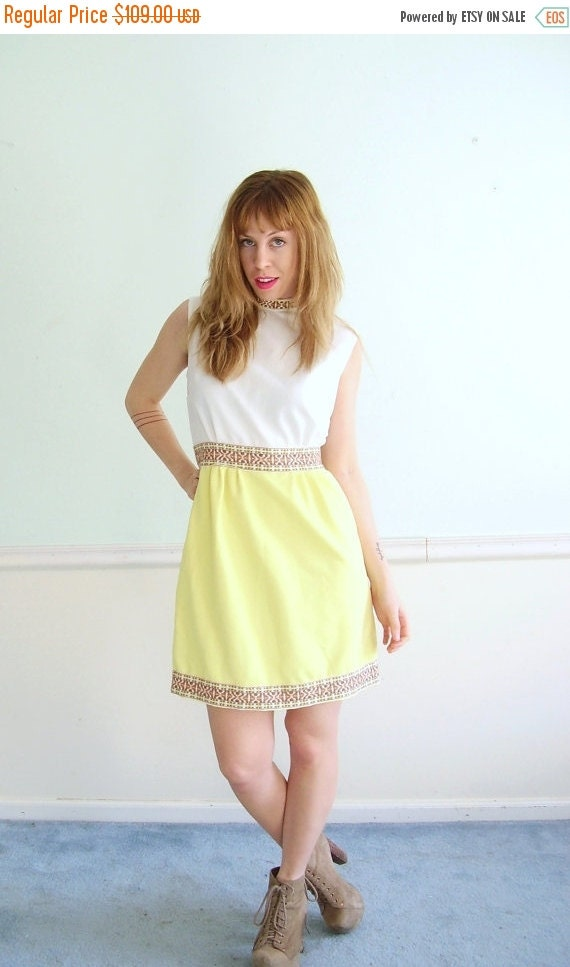 30% off ... Lemon Jelly Vintage 60s Sleeveless Yellow and White Colorblock Mini Dress SMALL S