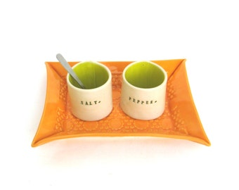 please pass the salt ...  petite hand built porcelain salt and pepper cellars sitting on a tray