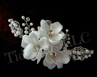 Flower Hair Comb, Rhinestone Bridal Hair Accessories ,Wedding Hair Accessories, Off White Flower Comb