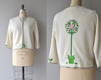 Topiary Bird cardigan | vintage 1950s sweater | embroidered 50s cardigan