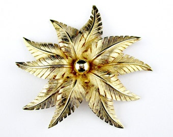 Brooch Fern Leaf Large Gold tone Elegant