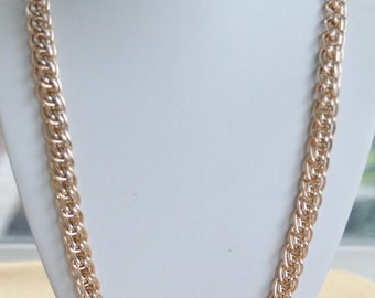 """On Sale Pretty Vintage Gold tone Chain Link Necklace, 38"""" (A9)"""