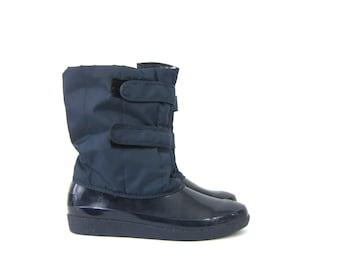 Navy Blue snow boots 80s Fleece Lined Snowboots Rubber Boots women's size 8 Louanne's Vintage