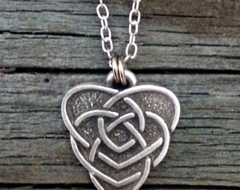 Celtic Motherhood Knot Pewter Necklace