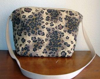 EXTREME DESTASH - 1 Dollar - Canvas Leopard Print Shoulder Bag