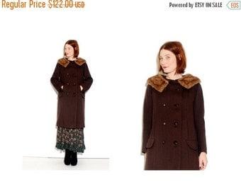 HURRY HALF OFF Stunning 1950s 1960s Coat with Mink Fur Collar