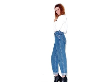 HURRY HALF OFF vintage Lee Jeans high waisted Jeans size small medium / mom jeans boyfriend jeans tapered jeans 90s clothing