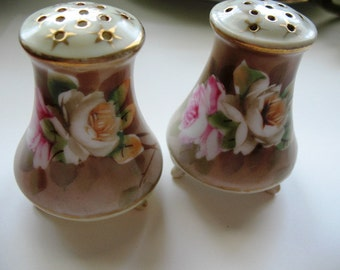 Floral Salt & Pepper Shakers, Gold Trimmed Salt and Pepper Shakers, Hand Painted, Pink and Yellow Rose Floral Footed Salt and Pepper Shakers