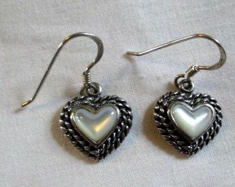 EARRINGS -  MOP - Mother of Pearl  -  Estate Sale  - 925 - Fish Hook - Dangle - Sterling Silver earrings 325