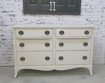 Huntley Double Dresser, Distressed White Cottage Style- DR904 Shabby Vintage Farmhouse Chic