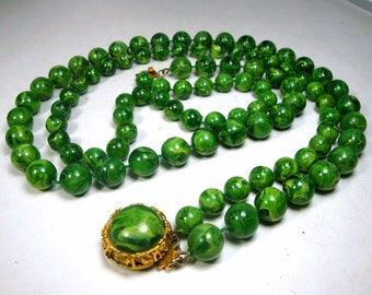 Mad Men St Patricks Irish Green Necklace, 2 Strands of Vintage Plastic Beads, Button Catch, 1950s