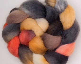 Hand dyed roving, Cheviot 100g,  painted, British wool, tops, roving, fibre, fiber Colour ;Staithes