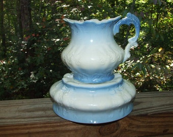 Antique Blue White AMERICAN CHINA COMPANY Semi-Porcelain Pitcher & Bowl 0826