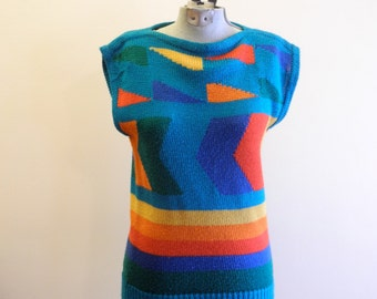Amazing GEOMETRIC 80s / 90s ss sweater sz. Small / Medium