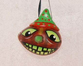 Haunted Halloween Gourd Ornament, Egg Gourd Ornament (218)