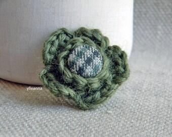 Men lapel flower. Flower lapel pin. Wool boutonniere. Mens accessories. Checkered lapel flower.  Moss green, grey.