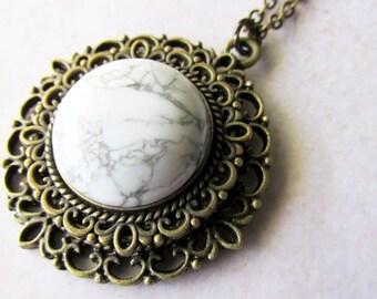 Howlite Stone Medallion Pendant Necklace
