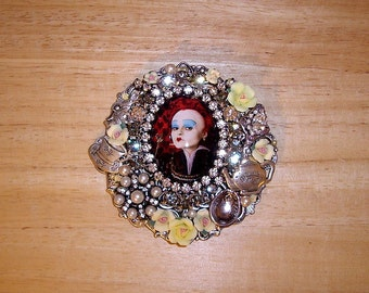 SALE! Queen Of Hearts Pin Brooch Pendant Ant Silver OX By Caroline Erbsland OOAK Signed