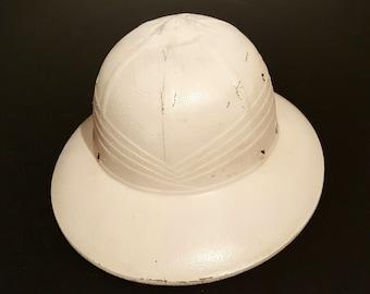Pith Helmet/Military Helmet/Safari Jungle Hat