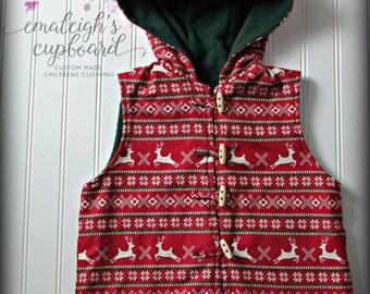 Child hooded vest girl boy reindeer red green christmas vest Size 6